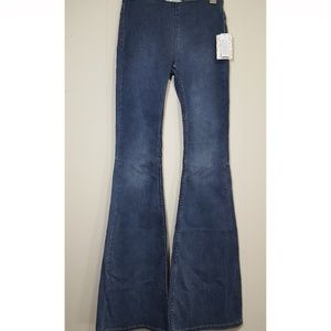 NWT Free People Penny pull on flared jeans sz 26R